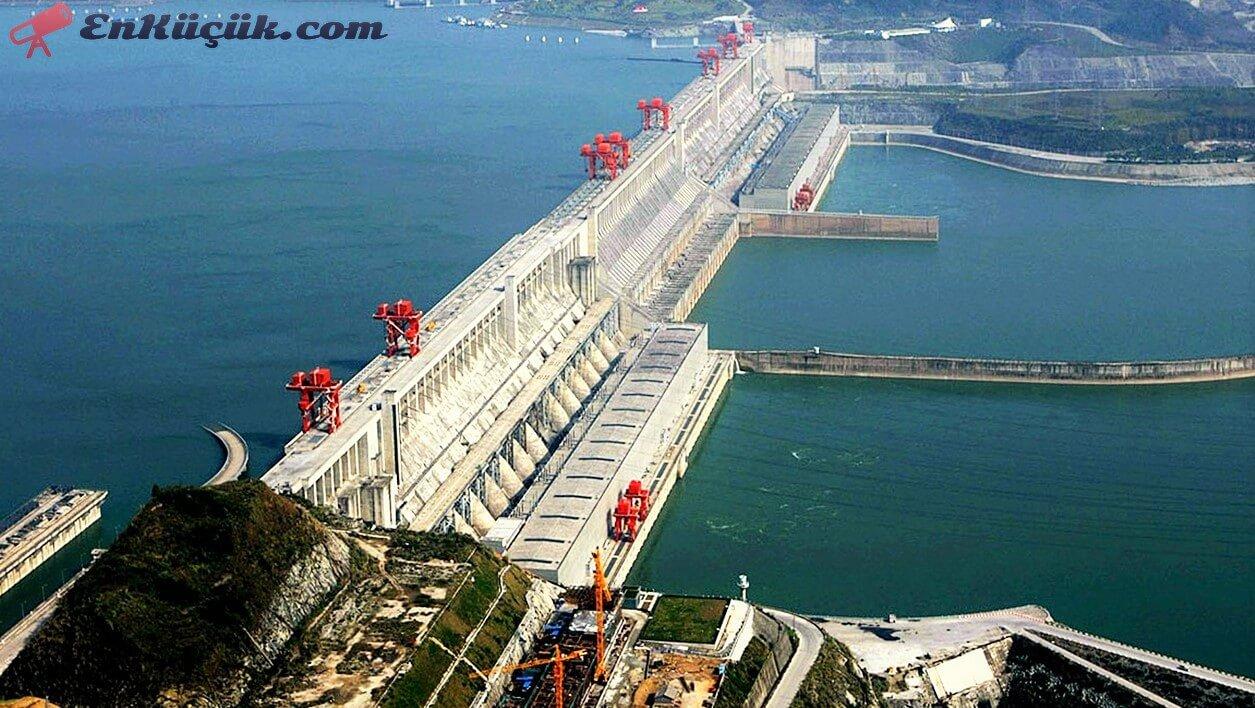 dünyanın en büyük barajı, dünyanın en büyük barajı çin, dünyanın en büyük barajı hangisidir, dünyanın en büyük barajı hangi nehir üzerindedir, dünyanın en büyük baraj inşaatı