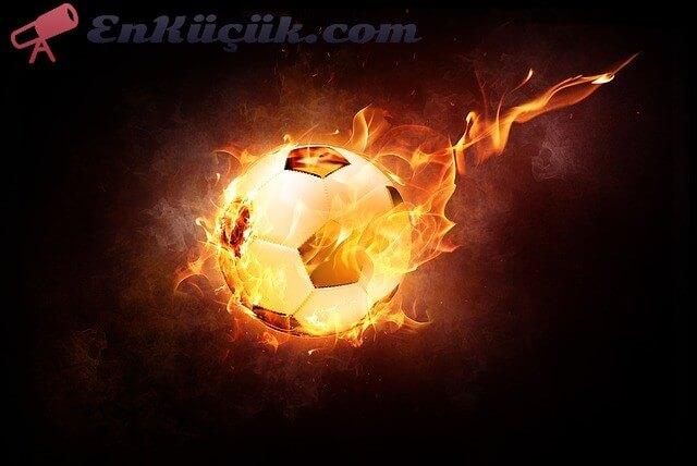 En iyi futbol takımı. Türkiye'nin en iyi futbol takımı hangisidir? Türkiye'nin en iyi 5 futbol takımı hangisidir. En iyi 5 futbol takımı...
