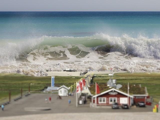 dünyanın en büyük tsunamisi, en büyük tsunami kaç metre, en büyük tsunami dalgası, en büyük tsunami nerede oldu